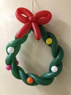 バルーンアートでクリスマスリースを作ろう! @ 狛江市中央公民館 第4会議室   狛江市   東京都   日本